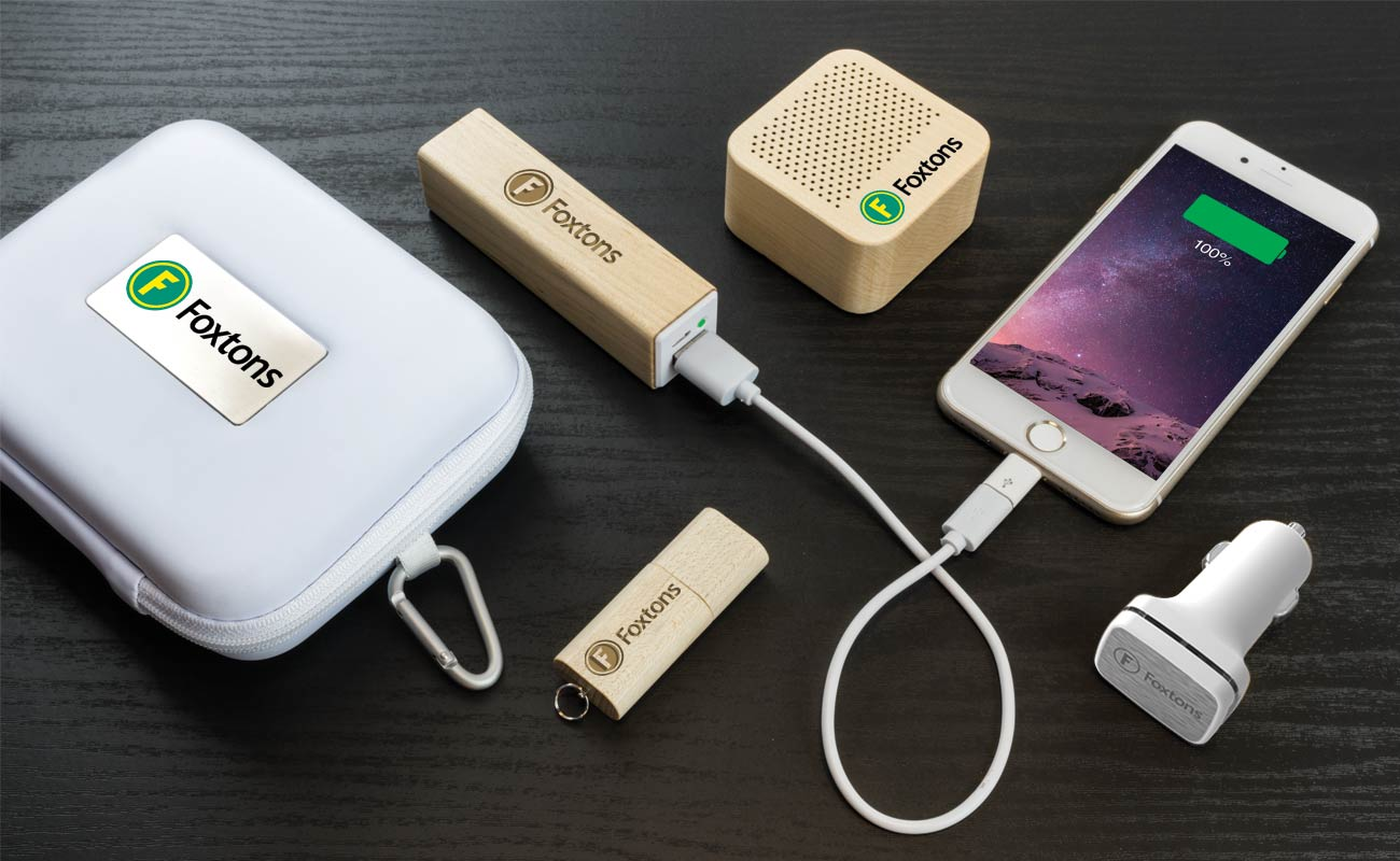Maple L - Reklamní Flash Disk, Custom Portable Charger, Custom Car Charger and Custom Speakers