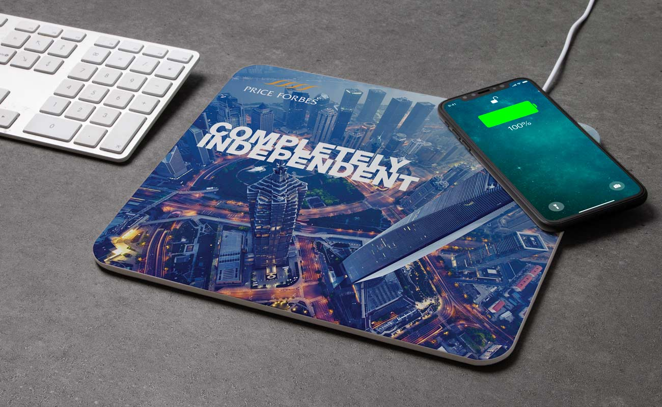 Stage - Personalized Wireless Charger