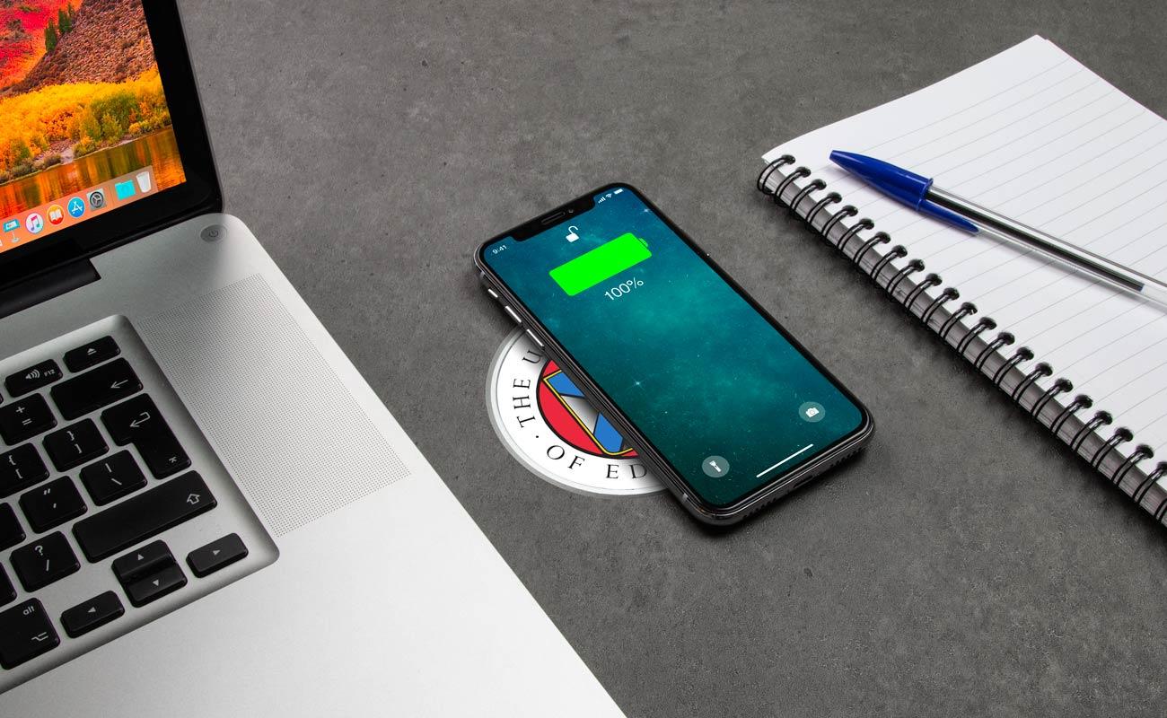 Tavolo - Značková bezdrátová nabíječka na pracovní desku